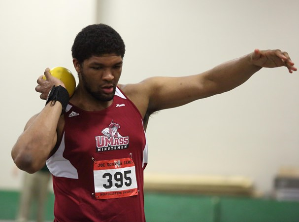 Men's Track and Field Posts Qualifying Marks at Valentine Invitational